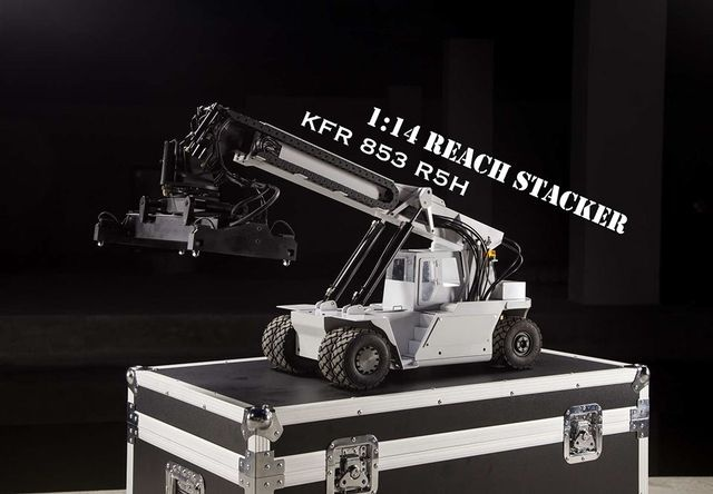 Reach Stacker KFH 853 R5H RTR with bis wheel case