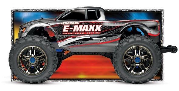 SLVR TRAXXAS E-Maxx RTR BRUSHLESS waterproof +12V-Lader Elek